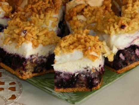 Przepis: Ciasto kruche z jagodami i serem