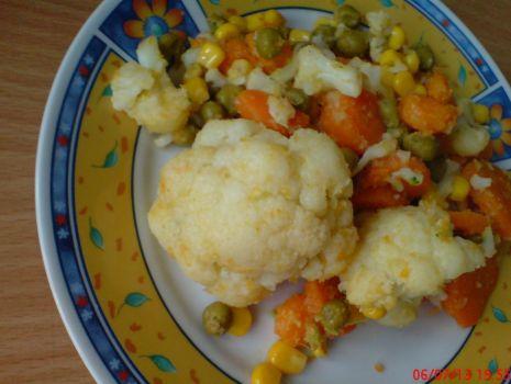 Przepis: Kalafior z marchewką na ciepło