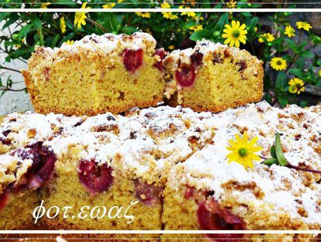 Przepis: Pyszne ucierane ciasto z czereśniami