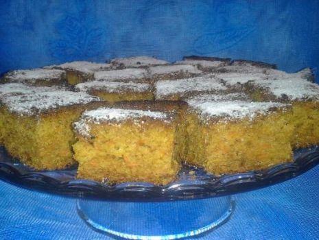 Przepis: Ciasto marchewkowo-jabłkowe