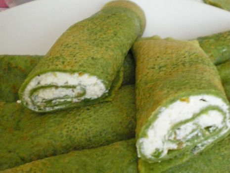 Przepis: Zielone naleśniki z serem