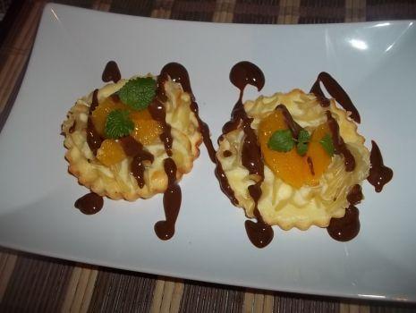 Przepis: Makaronowe serniczki z białą czekoladą