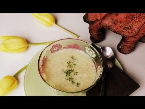 Przepis: Zupa szparagowo-cukiniowa