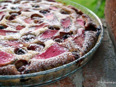 Przepis: Ciasto: rabarbar, truskawka