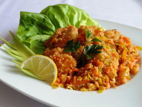 Przepis: Potrawka rybna z kuskusem i warzywami