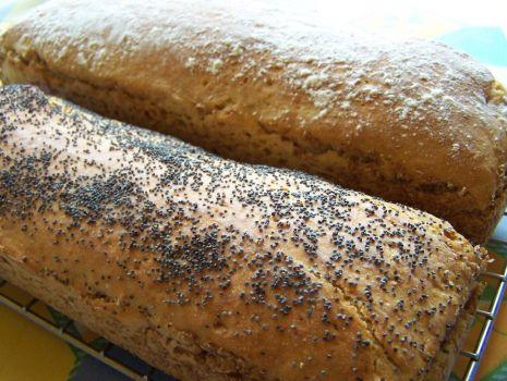 Przepis: Chleb tradycyjny na żytnim zakwasie