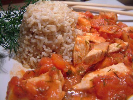 Przepis: Filet z kurczaka w pomidorowej salsie z imbirem