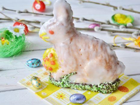 Przepis: Wielkanocny zajączek jogurtowy
