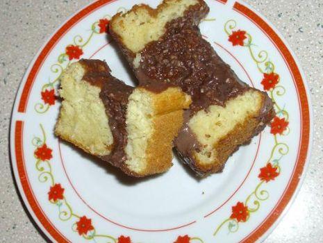 Przepis: Ciasto karaibskie z kaszą manną