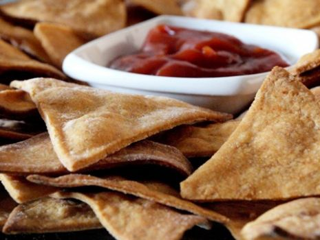Przepis: Tortilla chips - pikantne nachosy