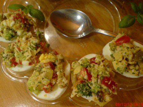 Przepis: Jajka faszerowane na szybko
