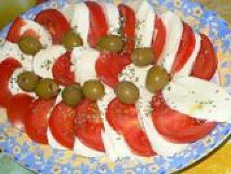 Przepis: Pomidory z mozzarella