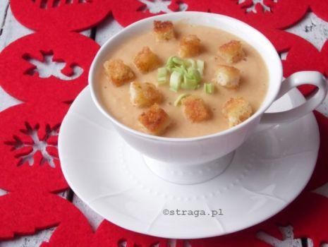 Przepis: Świąteczna zupa rybna z łososia