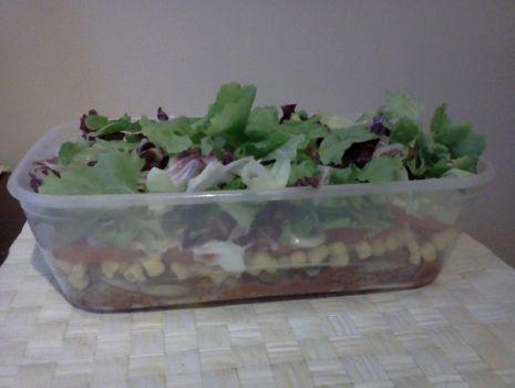 Przepis: Dietetyczna sałatka GYROS