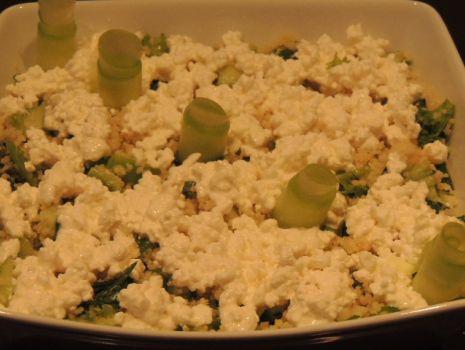 Przepis: Salatka kuskus z bialym serkiem.