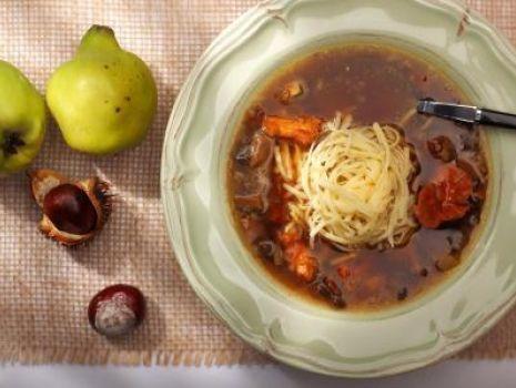 Przepis: Zupa grzybowa z krajanką