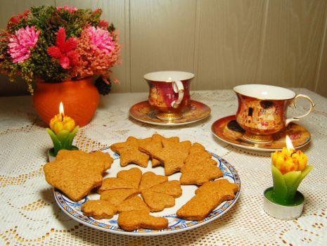 Przepis: Ciasteczka bożonarodzeniowe z cynamonem