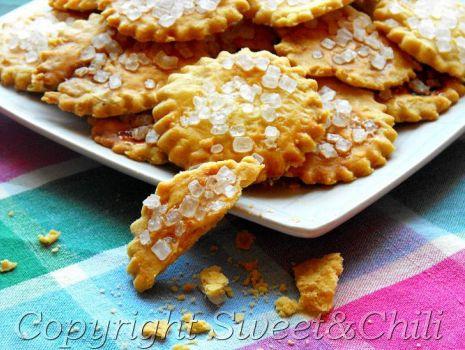 Przepis: Kruche ciastka z grubym cukrem