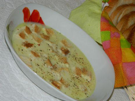 Przepis: Zupa serowa