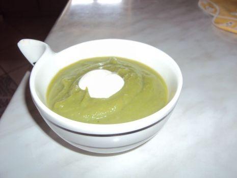Przepis: Zupa krem z brokułów