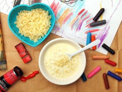 Przepis: Waniliowa zupa mleczna z gwiazdkami