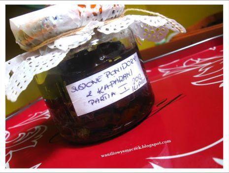 Przepis: Suszone pomidory w oliwie z oliwek z kaparami