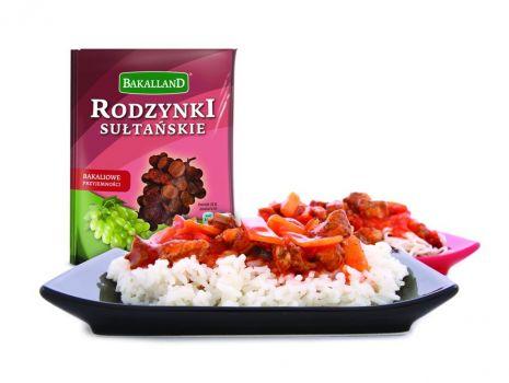 Przepis: Kurczak z ryżem i rodzynkami