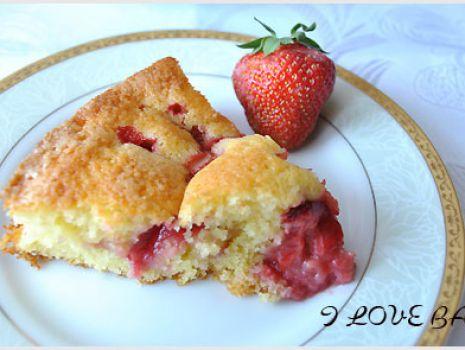 Przepis: ciasto_z_truskawkami_przepis