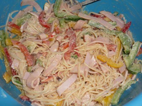 Przepis: Sałatka spaghetti