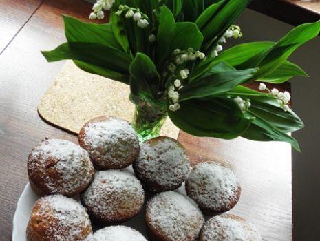 Przepis: Muffiny z rabarbarem.