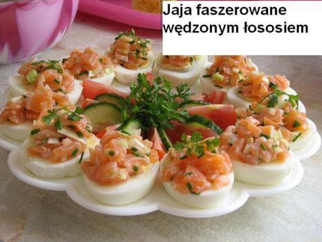 Przepis: jaja faszerowane z wędzonym łososiem