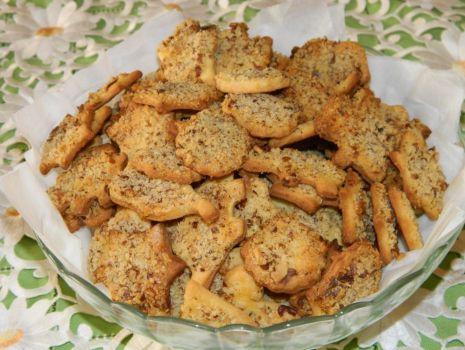 Przepis: Kruche ciasteczka z orzechami