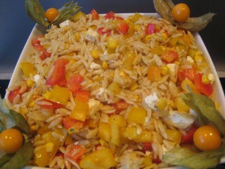 Przepis: Grecka salatka makaronowa.