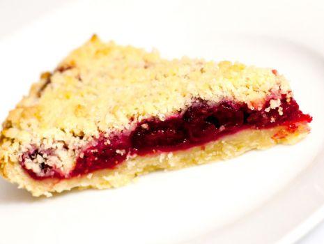 Przepis: Kruche ciasto z wiśniami
