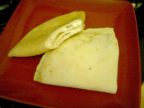 Przepis: Naleśniki z białym serem