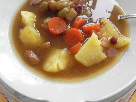 Przepis: Szara zupa rybna na karmelu