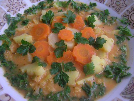 Przepis: Zupa z włoską kapustą