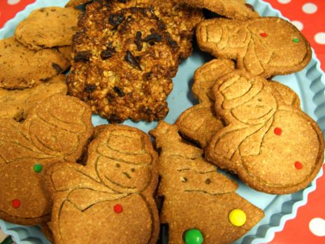 Przepis: Pierniczki świąteczne z sezamem