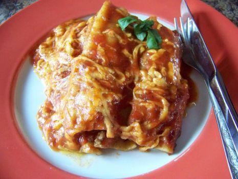Przepis: Cannelloni z mięsem mielonym i pieczarkami