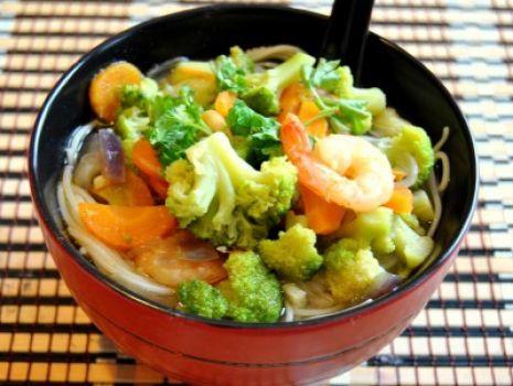 Przepis: Wietnamska Zupa z Brokułami