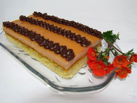 Przepis: Karmelowe ciasto z dynią
