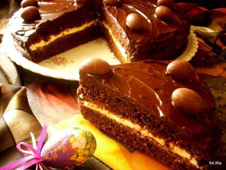 Przepis: Ciasto czekoladowe z kremem kefirowym