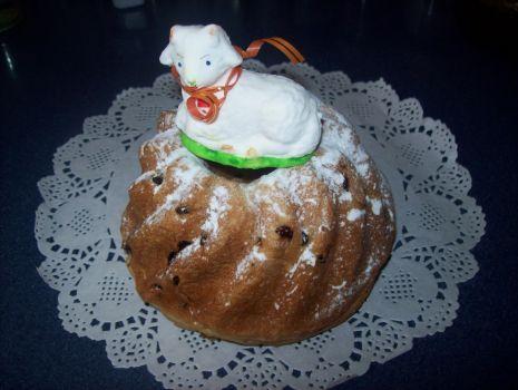 Przepis: Babka drożdżowa na Wielkanoc
