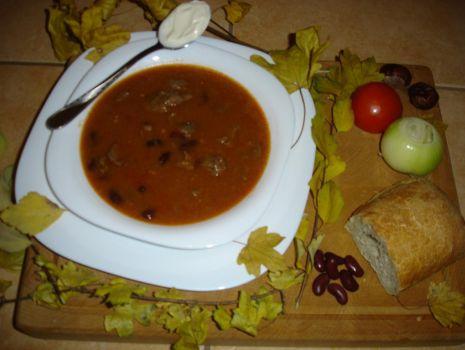 Przepis: Meksykańska zupa gulaszowa