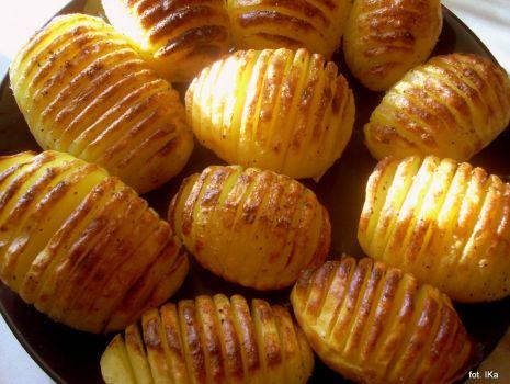 Przepis: Ziemniaki pieczone po szwedzku