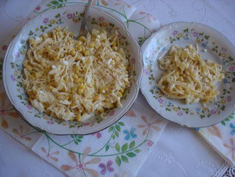 Przepis: Sałatka ananas i seler