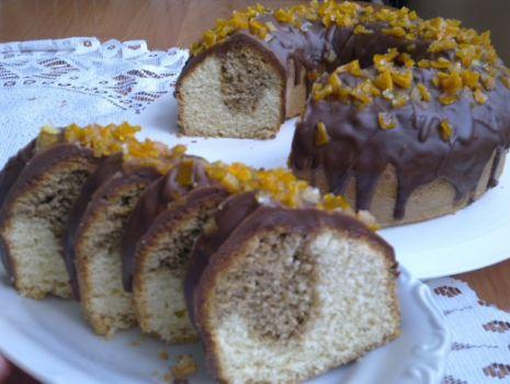 Przepis: Babka z polewą czekoladową