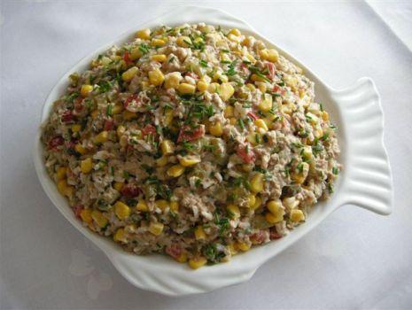 Przepis: Sałatka tuńczykowa-kolorowa