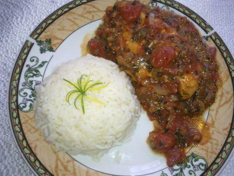 Przepis: Kurczak w pomidorowym sosie