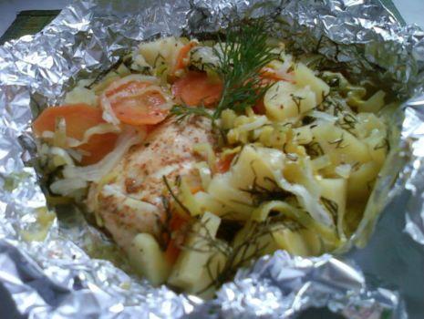 Przepis: Pierś z kurczaka pieczona w warzywach